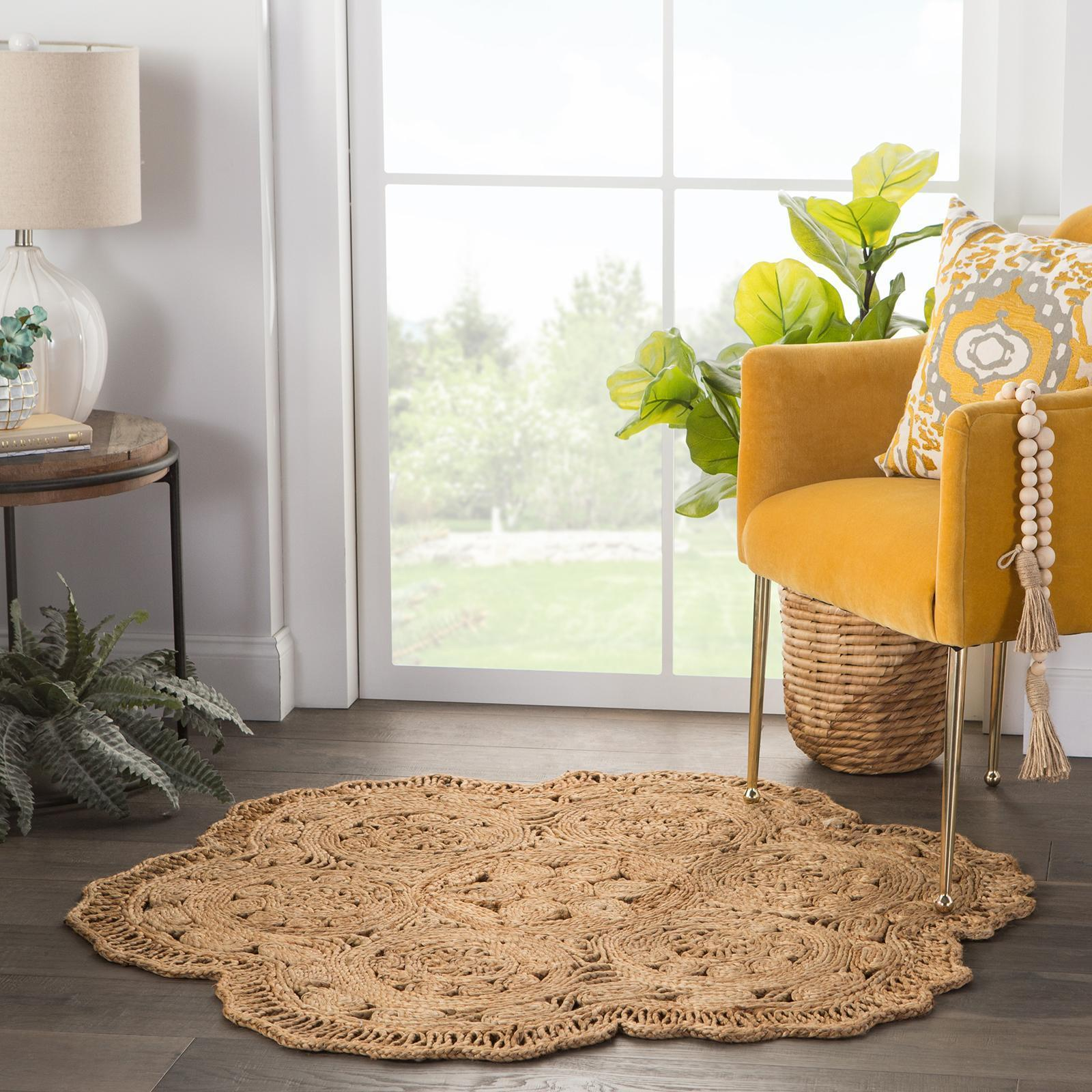 Freesia Natural Floral Round Rug