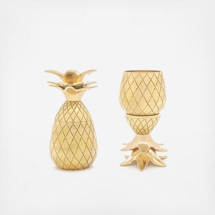 Gold W/&P Pineapple Shot Glasses 4.75 x 2.75 x 4.75